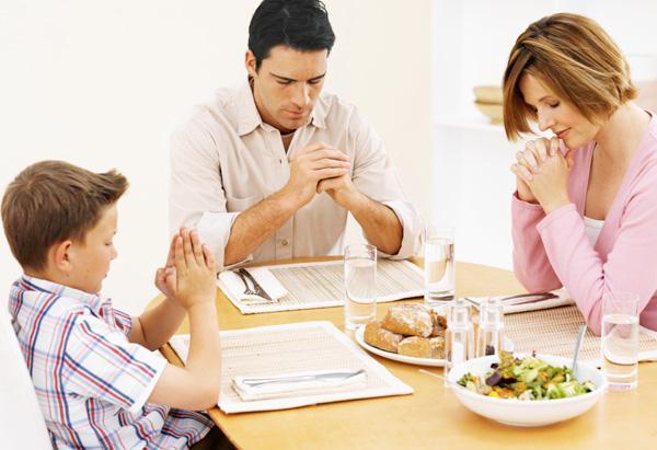 Rugăciunile ce se spun înainte și după ce mănânci